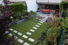 Terrassengestaltung Reihenhaus Terrassenförmig Angelegten Design Ist Fertig  Fühlt Sich Cool Und Schön Mit Vielen Pflanzen So