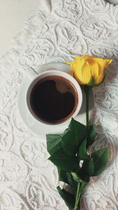 Coffee Cafe, My Coffee, Morning Coffee, Coffee Shop, Coffee Photography, Health Diet, Drinking Tea, Chocolate Fondue, Food And Drink