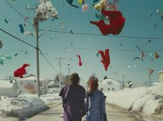 Laurence Anyways - Xavier Dolan Xavier Dolan, Laurence Anyways, Film Inspiration, Love Kiss, Alphonse Mucha, I Movie, Make Me Smile, Images, Fair Grounds