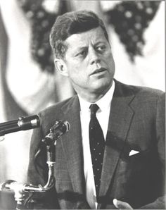 John Fitzgerald Kennedy  35th President of the United States In office January 20, 1961 – November 22, 1963  ✿❤★❤✾❤✾❤★❤✿  http://en.wikipedia.org/wiki/John_F._Kennedy