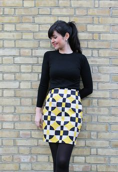 Sew Over It Ultimate Pencil Skirt inspiration. Baby Sewing, Sew Baby, Sewing Box, Skirt Patterns Sewing, Skirt Sewing, Sew Over It, Tartan Fabric, Unique Fashion, Fashion Ideas