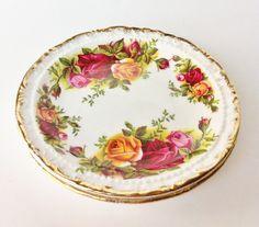Royal Albert Old Country Roses pin / trinket dishs