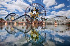 """En 2015, Disneyland celebrará su aniversario de diamante al cumplir 60 años de ser """"el lugar más feliz de la Tierra""""."""