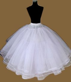 6 Layer Tulle Full Bridal Petticoat Crinoline Slip,Two Colors  Read More:     http://www.weddingsred.com/index.php?r=6-layer-tulle-full-bridal-petticoat-crinoline-slip-two-colors.html