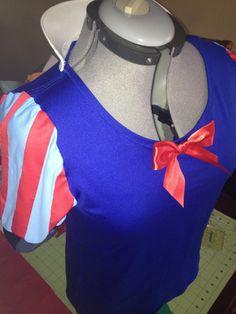 Snow White inspired Running Costume Shirt and Skirt. via Etsy.