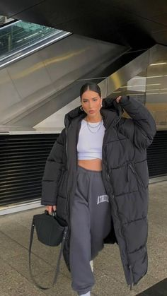 Baddie Outfits Casual, Chill Outfits, Mode Outfits, Cute Casual Outfits, Winter Fashion Outfits, Fall Winter Outfits, Look Fashion, Looks Pinterest, Winter Fits