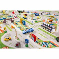 Dreidimensionaler Spielteppich Stadt in Grün und Blau jetzt hier entdecken! Carpets For Kids, Kids Rugs, Baby Play, Baby Kids, Soft Flooring, The Good Dinosaur, Fantastic Baby, Tummy Time, Healthy Kids