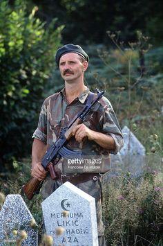 War of Bosnia-Herzegovina. Bosnian soldier. Modrac, September 1992.