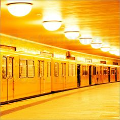 Berlin U-Bahn: Poster & Kunstdruck von bildpics