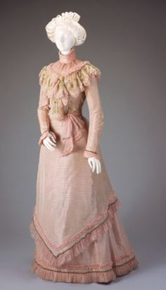 Afternoon Dress: Bodice And Skirt    Date:1899-1900  Place:Cincinnati/Ohio/United States