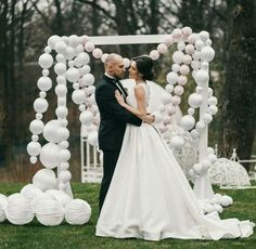 String of pearls balloons