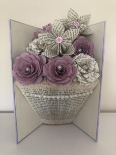 Folded book art vase shape with paper flowers - book folding - Vase ideen Folded Paper Flowers, Paper Flower Vase, Paper Roses, Old Book Crafts, Book Page Crafts, Book Page Art, Origami, Book Folding Patterns Free Templates, Book Page Flowers