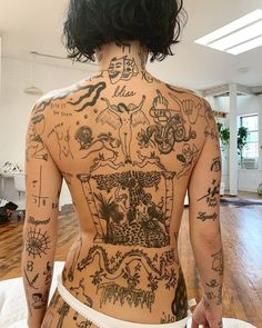 "TREND BOARD on Instagram: ""Trend Board by @Mi.Gi.Ni • Follow @Street.Board for more 📌 Tattoo inspo from @BrookeCandy"""