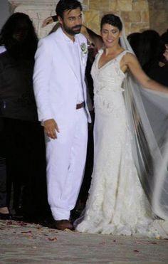 Μπρούσκο φωτογραφίες από το γάμο του Αχιλλέα και της Μελίνας | Videogr.gr Greeks, Kai, Boyfriend, Singer, Actors, Photo And Video, Couples, Couple Photos, Formal Dresses