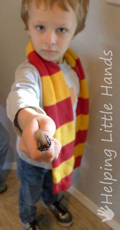 Helping Little Hands: Tutorial: Easy Harry Potter (Hogwarts) House Scarves