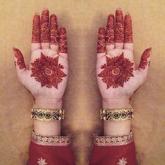 theascapturing:  My mehndi for my brothers wedding :') #shaadi #mehndi