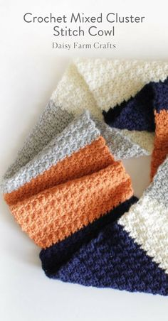 Free Pattern - Crochet Mixed Cluster Stitch Cowl
