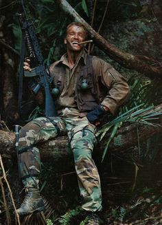 """theactioneer: """"Arnold Schwarzenegger on the set of Predator (1986) """" The Flash Grant Gustin, Arrow Oliver, Colton Haynes, I Can Do Anything, Stephen Amell, Starling, Dc Comics, Season 4, My Mind"""