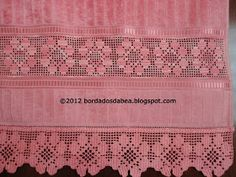 Bordados e afins: Toalha de rosto com crivo de Toledo Periodic Table, Diagram, Spiral Crochet, Crochet Edgings, Face Towel, Crochet Table Runner, Bath Linens, Appliques, Periotic Table