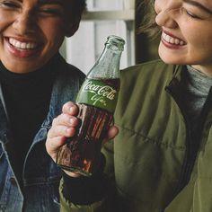When that great Coca-Cola taste has you feelin' bubbly. #CokeLife