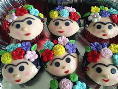 Frida Kahlo cupcakes