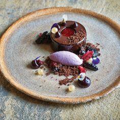 Chocolate and Blackberries by Adam Handling Fancy Desserts, Gourmet Desserts, Plated Desserts, Just Desserts, Gourmet Recipes, Delicious Desserts, Dessert Recipes, Gourmet Foods, Easy Recipes