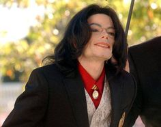 Michael Jackson - love the smile here :)
