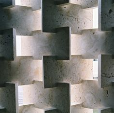 travertine slabs wall
