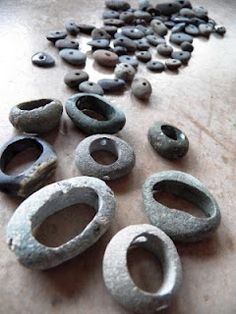 Live In Art: How To Hollow Out Rocks l for the jewelry makers amongst us