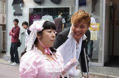 "Narimiya Hiroki (成宮 寛貴) with Murakami Tomoko (村上知子) at a fan meeting for the 2009 movie ""Lala Pipo"" (ララピポ)"