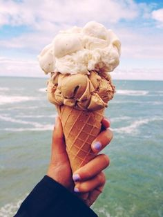 Ice cream and the beach= recipe for the  Best. Day. Ever!