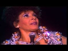 Shirley Bassey -This Is My Life- - YouTube