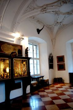 The amazing wonder cabinets of a very rich Austrian archbishop