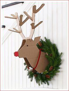Оригинал взят у milav в Скандинавские мотивы новогоднего декора. Сдержанность и естественность – вот краткая характеристика скандинавского стиля в интерьере.…