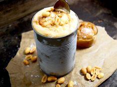 Nyttig glass med yoghurt, banan & jordnötssmör   Catarina Königs matblogg