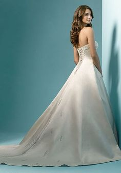 Alfred Angelo Signature Bridal Collection 1136 A-Line Wedding Dress