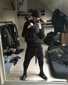 - Artist, Creative Director, Menswear Stylist — goth boi dead boi w his homemade bat of death . Street Goth, Street Wear, Street Style, Dark Fashion, Urban Fashion, Mens Fashion, Urban Outfits, Fashion Outfits, Estilo Dark