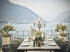 This Perfect Lake Como wedding venue stands alone in its luxury, elegance and splendor. For a luxury Italian wedding, Villa Pliniana is the perfect place.