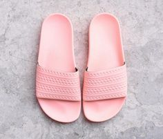 b9ae5daf Adidas Originals Adilette Rosa Palo. Sandalias De MujeresChanclasLos ...