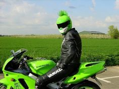Motorcycle and helmet matching // Moto y casco a juego :P