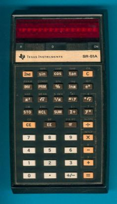 The Texas Instruments was my first scientific calculator. I loved that machine. Calculator Words, Sin Cos Tan, Vintage Photos, Vintage Stuff, Old Computers, Hewlett Packard, News Finance, Card Reader, Computers