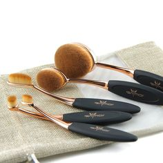 Oval Brush Set Pro