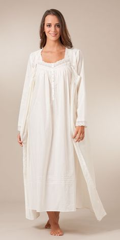 Cotton chemise and robe set