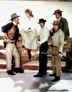 Everybody Loves Somebody John Wayne Quotes, John Wayne Movies, Martin Movie, Dean Martin, Old Hollywood Stars, Classic Hollywood, Maureen O'hara, Iowa, The Lone Ranger