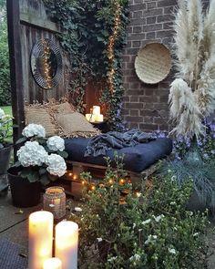 Bohemian Garden And patio Ideas Outdoor Rooms, Outdoor Gardens, Outdoor Living, Outdoor Decor, Bohemian Interior, Bohemian Decor, Bohemian Garden Ideas, Bohemian Design, Home Decor Inspiration