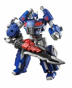 Transformers Generations Fall of Cybertron Ultra Magnus (ugh, I haven't collected TFs for years, but I'm really tempted...)