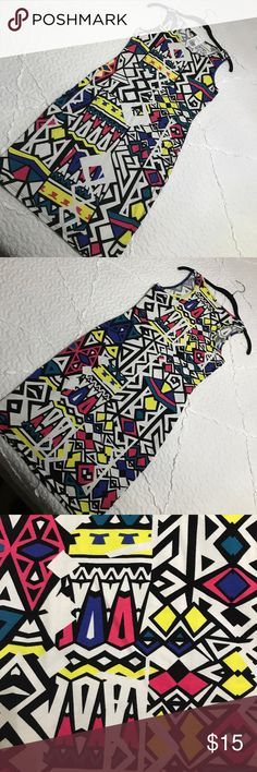 FOREVER 21 BODYCON PRINTED DRESS SIZE MEDIUM Never worn, super cool print. Forever 21 Dresses