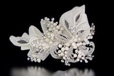 Pearls Cluster Bohemian Bridal Hair Clip with Rhinestones