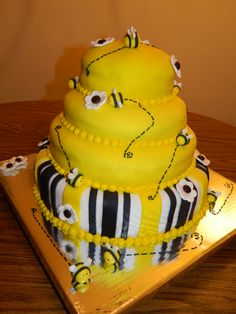 Baby Shower Cake...For the Mother to Bee!