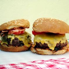 Ranch Burgers Recipe - Use Uncle Dan's Classic Ranch!
